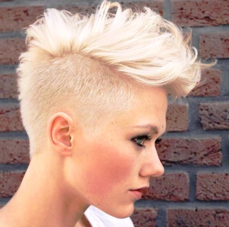 Girls Mohawk Hairstyles  10 Stylish Girls That Really Know How to Rock A Mohawk