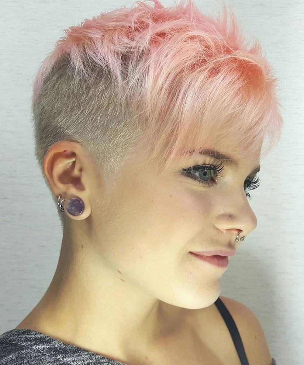 Girls Undercut Hairstyle  25 Glowing Undercut Short Hairstyles for Women – HAIRSTYLES