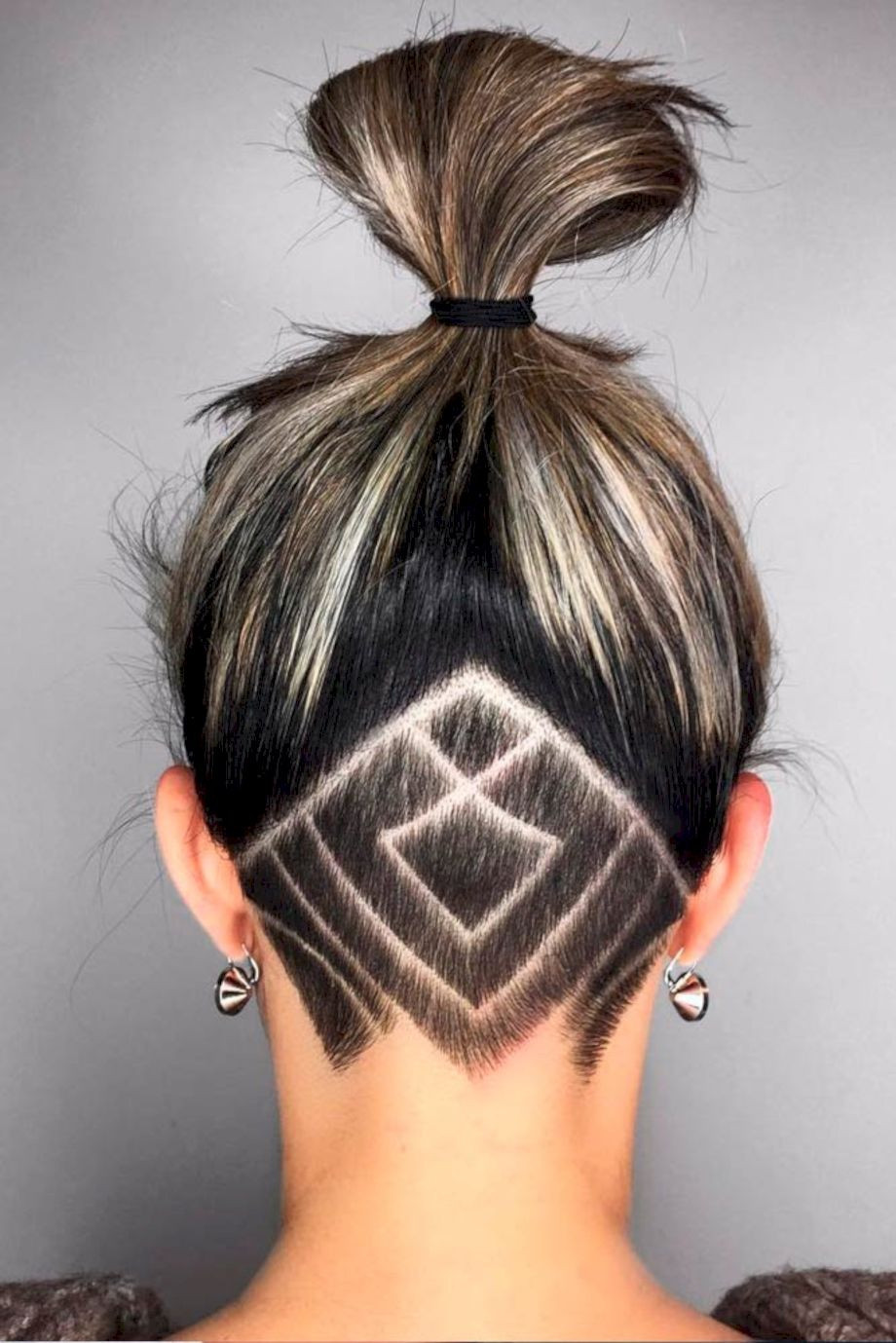 Girls Undercut Hairstyles  71 Lovely Undercut Hairstyle for Women Ideas Fashionetter
