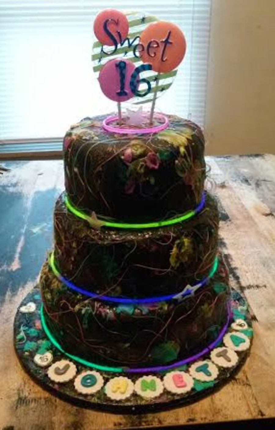 Glow In The Dark Birthday Cake  3 Tier Glow In The Dark Sweet 16 Birthday Cake