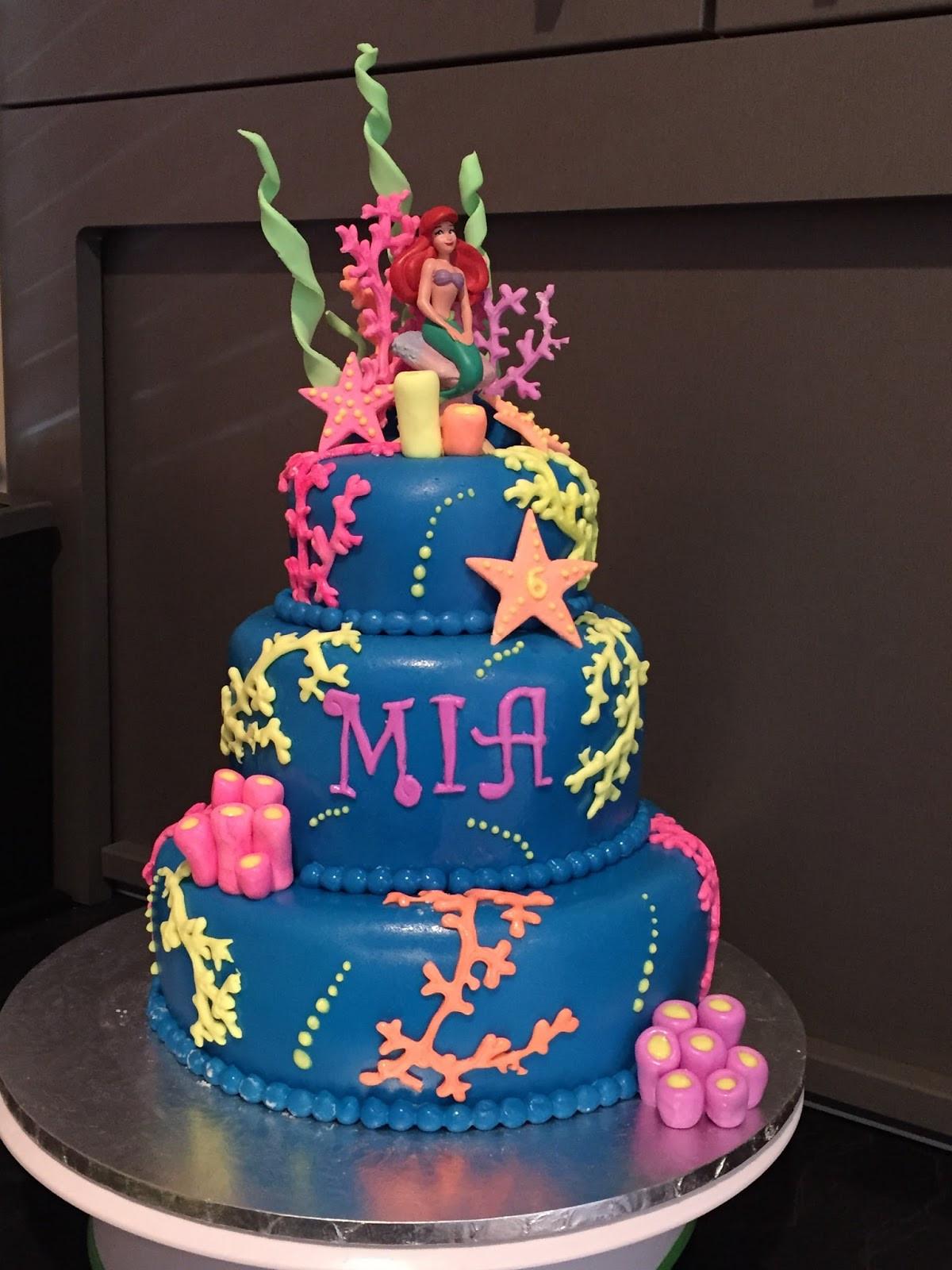 Glow In The Dark Birthday Cake  Kiwi Cakes Glow in the dark cake from Kiwicaker Sonja