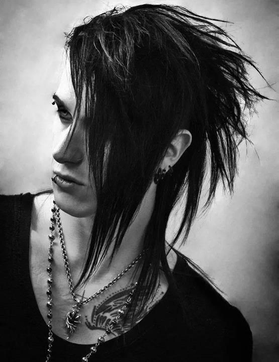 Goth Hairstyles Male  40 Cool Emo Hairstyles For Guys Creative Ideas