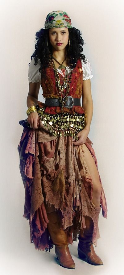 Gypsy Costumes DIY  25 best ideas about Gypsy Costume on Pinterest