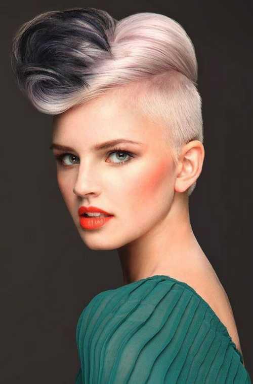 Haircuts Female  In primavara lui 2015 se poarta din nou tunsorile rase pe