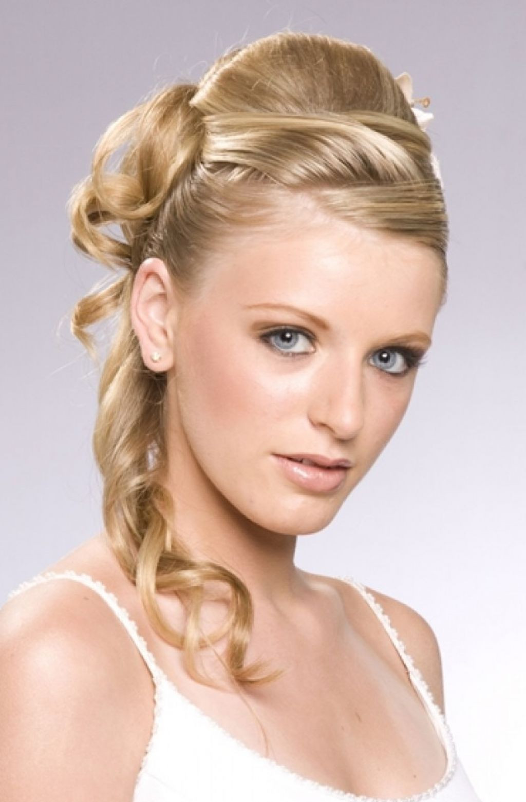 Haircuts For Female  30 Gorgeous Wedding Hairstyles ideas for Women MagMent