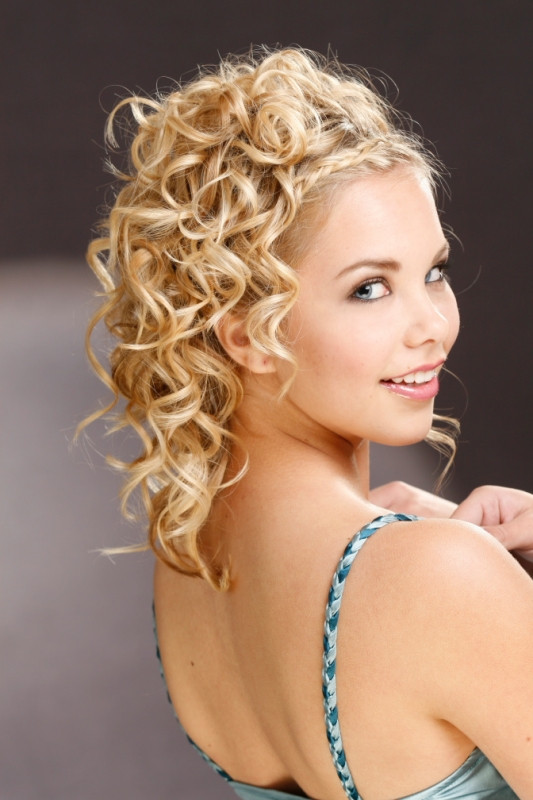 Best ideas about Hairstyle For Bridesmaid . Save or Pin Cute Medium Bridesmaid Hairstyles Now.