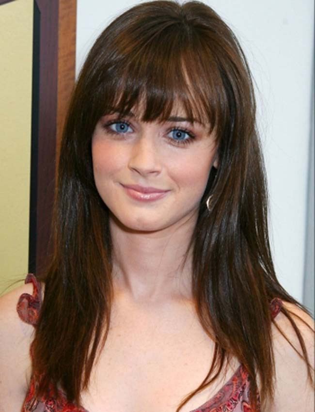 Hairstyle For Oval Face Female  Oval Face Hairstyles 2015