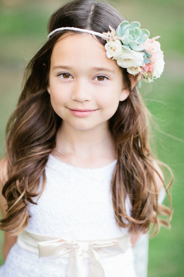 Hairstyles For Flower Girls  38 Super Cute Little Girl Hairstyles for Wedding