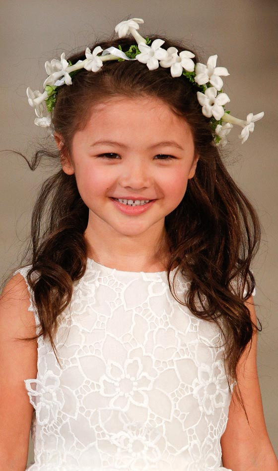 Hairstyles For Flower Girls  4 pretty flower girl hairstyles fou you to choose from
