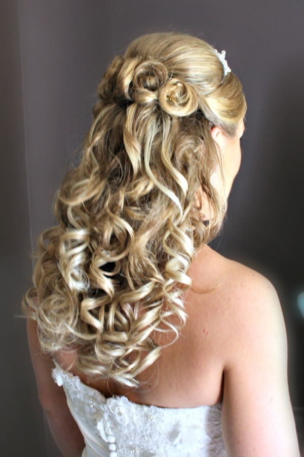 Hairstyles For Going To A Wedding  Trubridal Wedding Blog