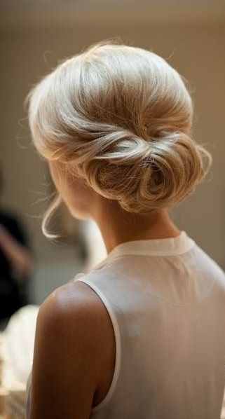 Hairstyles For Medium Hair Updos  35 Diverse Home ing Hairstyles for Short Medium and