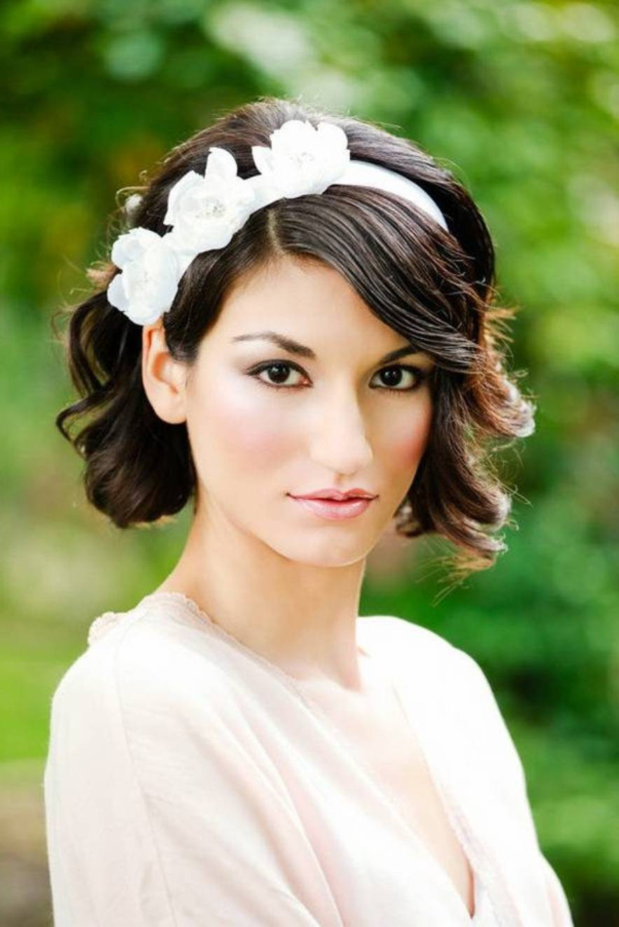 Hairstyles For Short Haircuts  Elegant and Beautiful Bridal Hairstyles for Short Hair