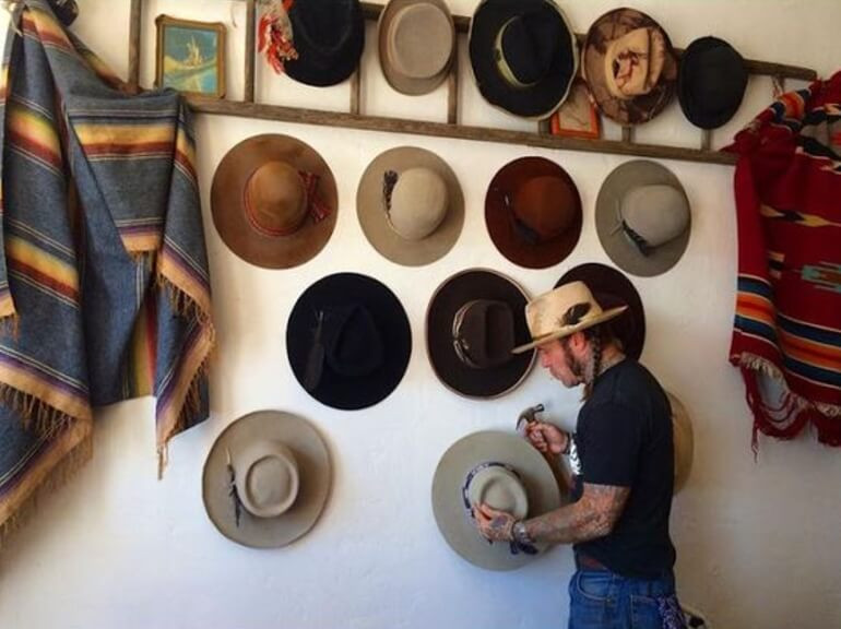 Best ideas about Hat Racks DIY . Save or Pin 19 Easy and Simple DIY Hat Rack Ideas for Your Sweet Home Now.