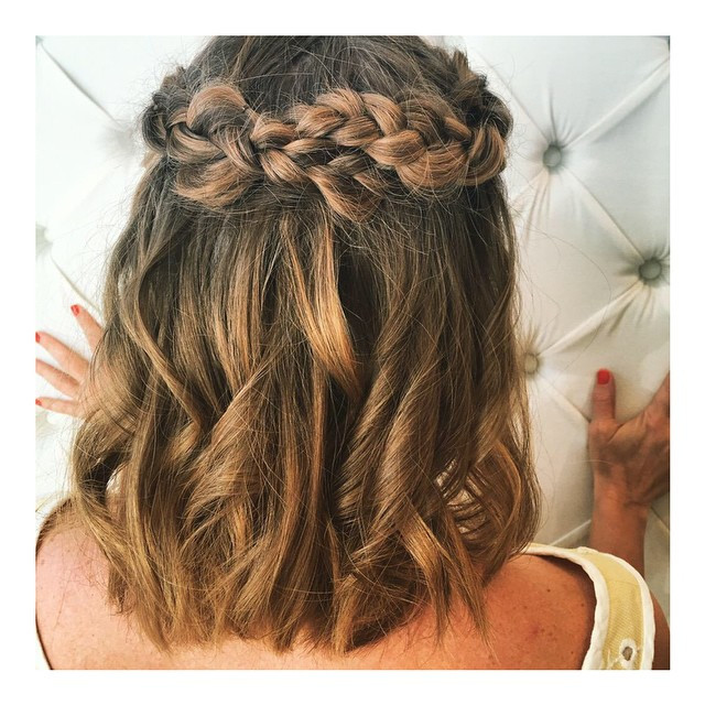 Homecoming Hairstyles For Medium Hair  20 Hottest Prom Hairstyles for Short & Medium Hair 2019