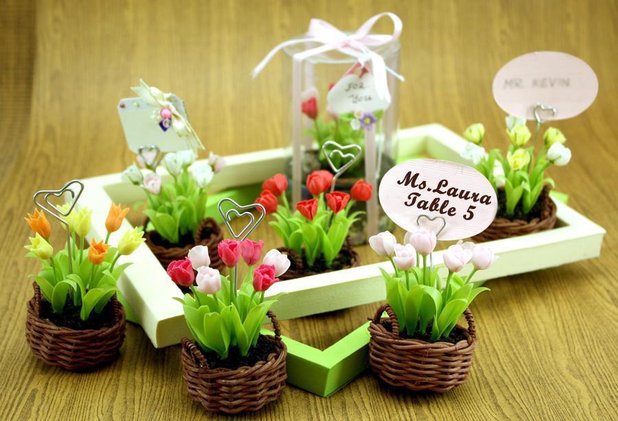 Inexpensive Wedding Gift Ideas  Inexpensive Wedding Anniversary Gift Ideas