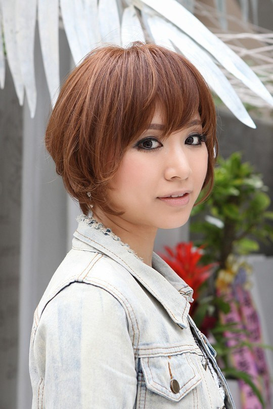 Japanese Short Hairstyles  Trendy Short Copper Haircut from Japan Stacked Short