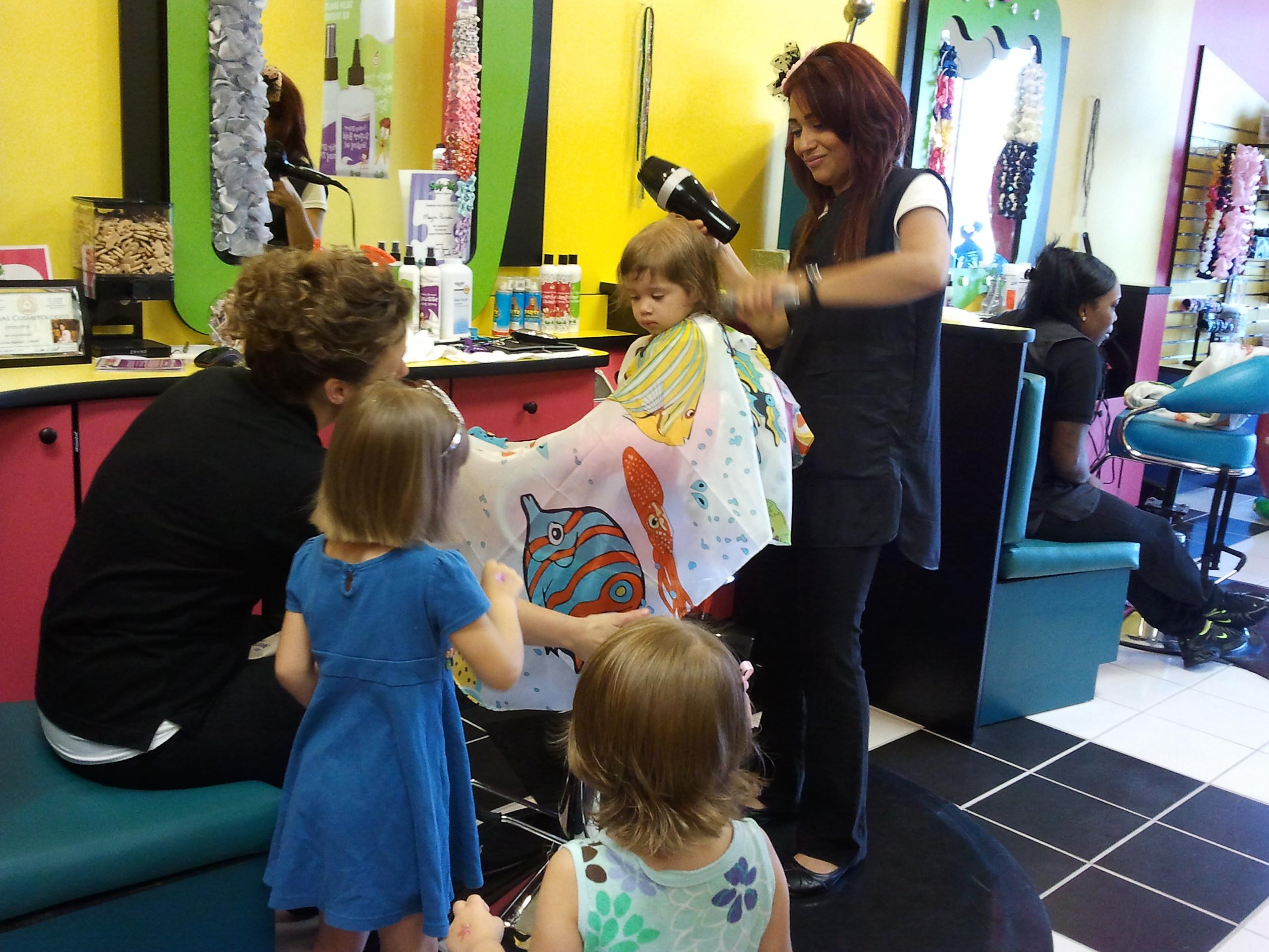 Kids Haircuts Houston  Snip Its in Rice Village Houston