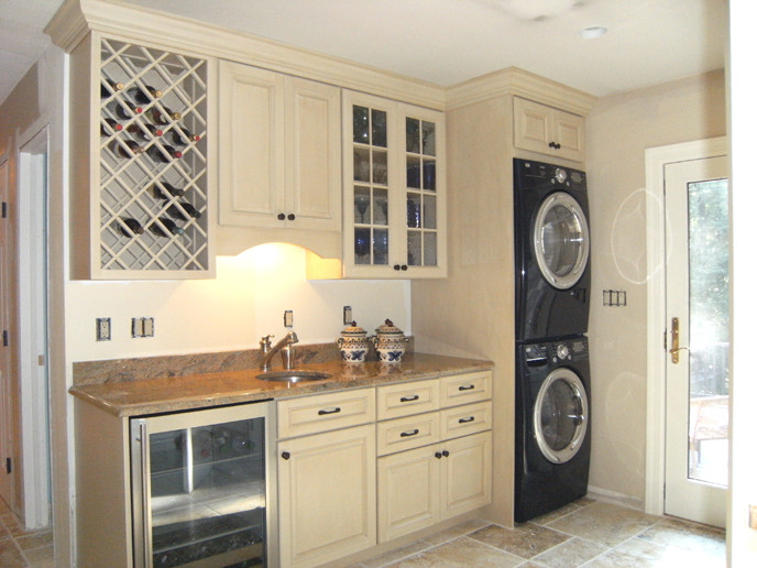Best ideas about Laundry In Kitchen . Save or Pin Beautiful Design ideas laundry room in kitchen for Hall Now.