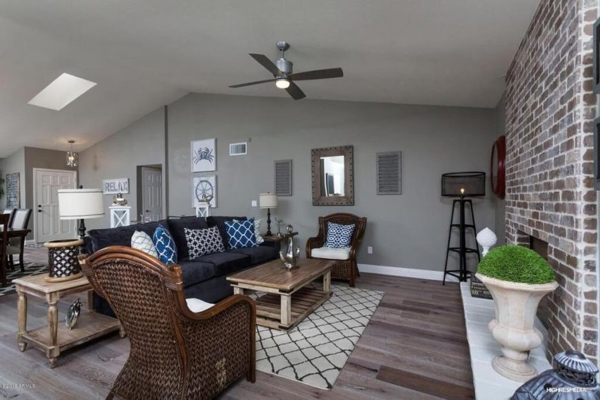 Best ideas about Living Room Ceiling Fan . Save or Pin 26 Hidden Gem Living Rooms with Ceiling Fans PICTURES Now.