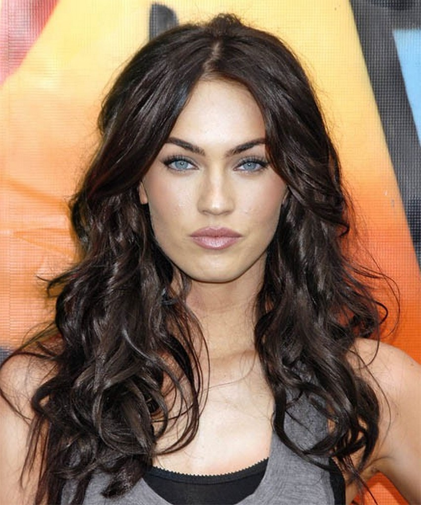 Best ideas about Long Female Hairstyles . Save or Pin Charming 14 Messy Hairstyles For Long Hair 2016 2017 Now.
