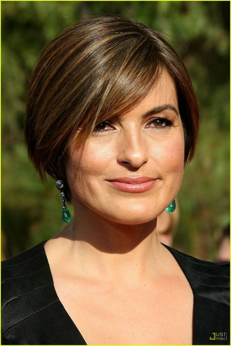 Best ideas about Mariska Hargitay Short Hairstyles . Save or Pin 12 Short Hairstyles for Round Faces Women Haircuts Now.