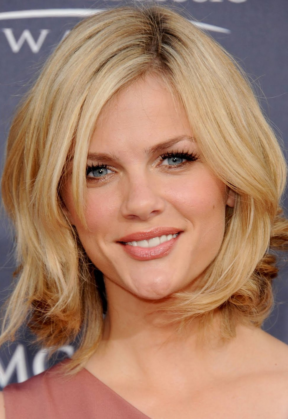 Medium Cut Hair  Layered Hairstyles Your Beauty 411