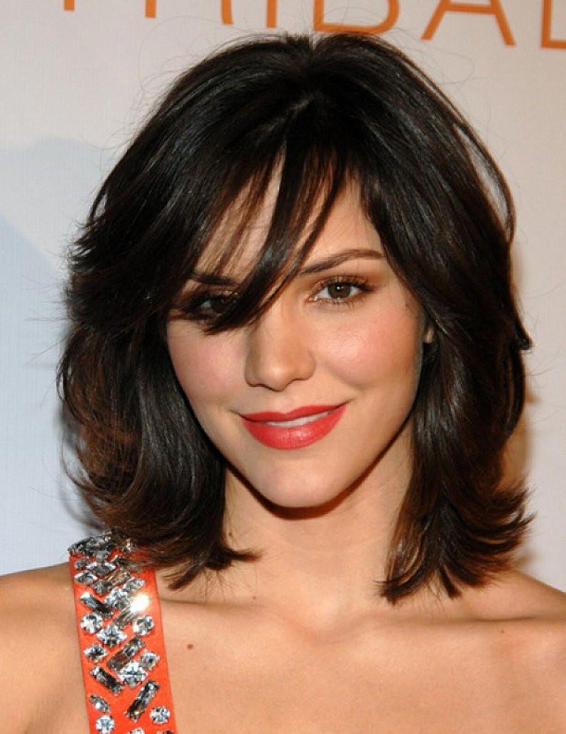 Medium Cut Hair  Top 20 medium length hairstyles with bangs for round faces