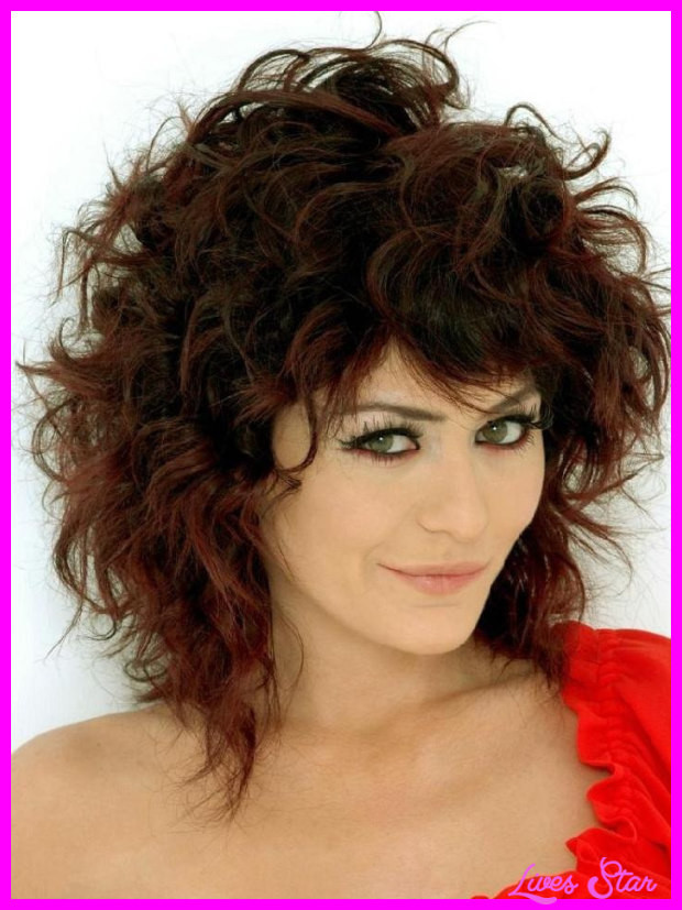 Medium Length Curly Hairstyles  Haircuts for curly hair medium length LivesStar