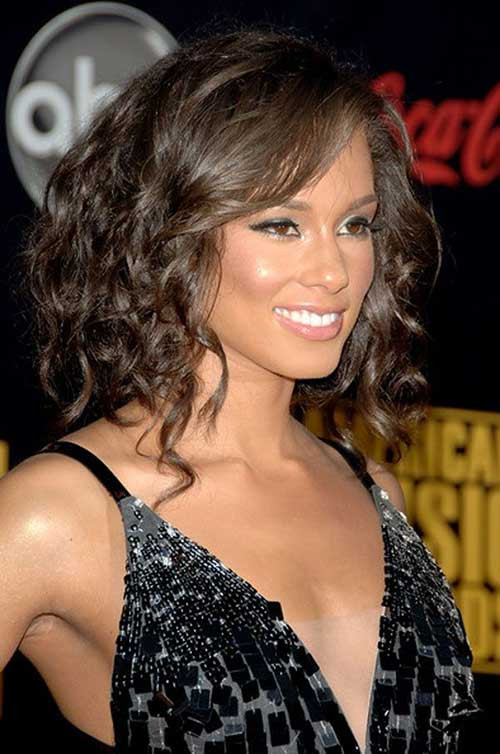 Medium Length Curly Hairstyles  20 Good Haircuts for Medium Curly Hair
