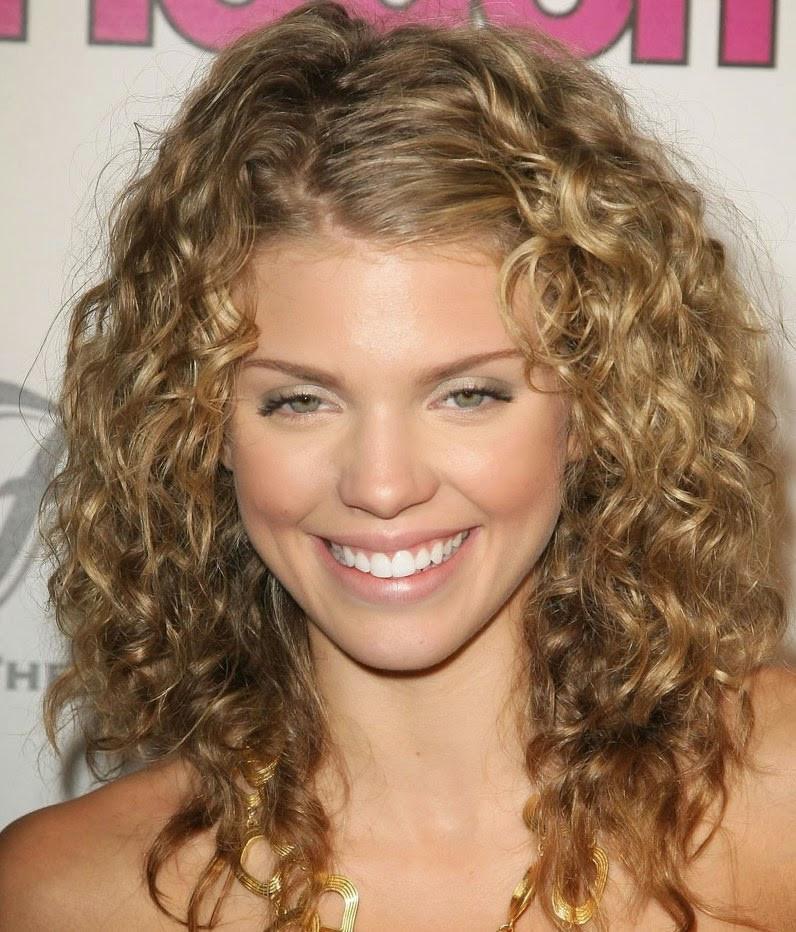 Medium Length Curly Hairstyles  Get Stunning Curly Medium Length Hairstyle Ideas Elle