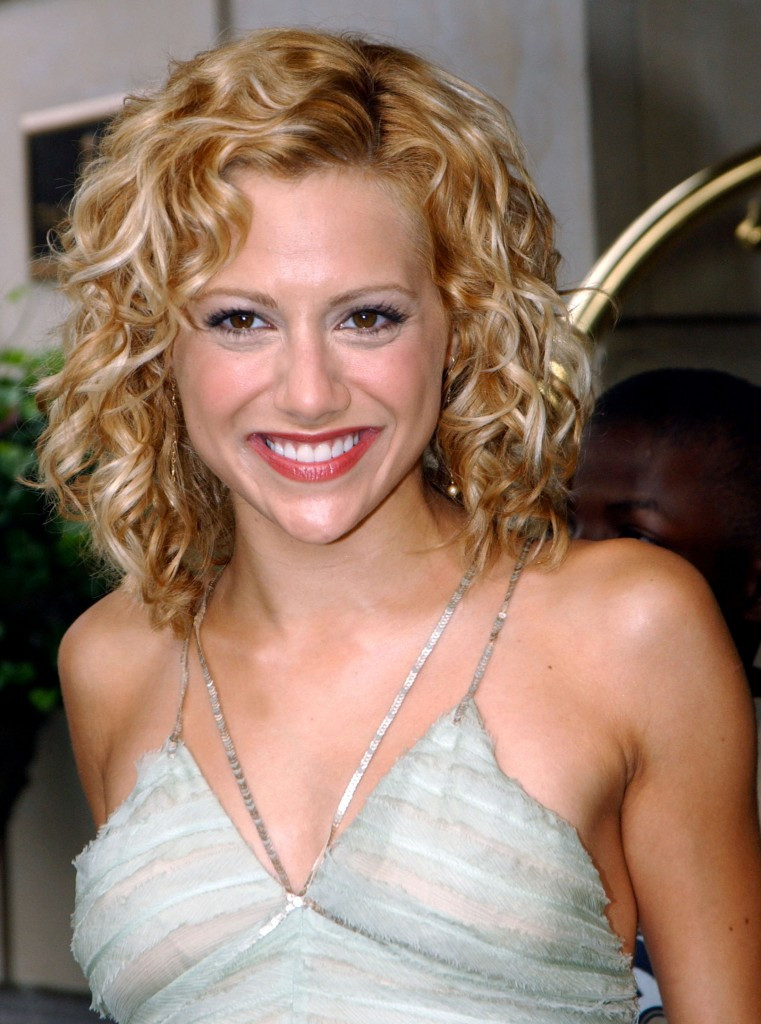 Medium Length Naturally Curly Hairstyles  The French Touch Rockin' the Curly Bob