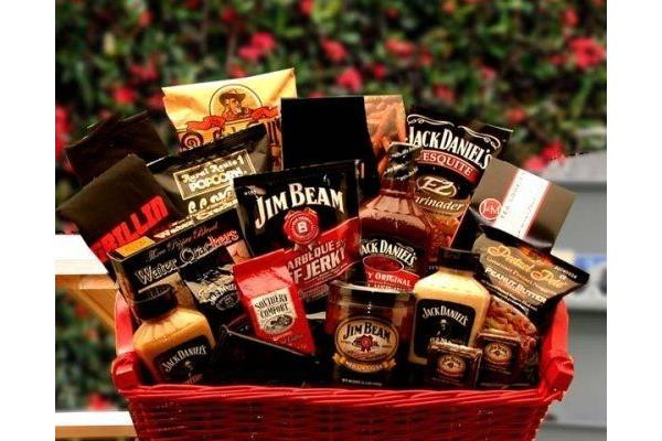 Best ideas about Mens Gift Baskets Ideas . Save or Pin Amazing Christmas Gift Ideas for Couples Christmas Now.