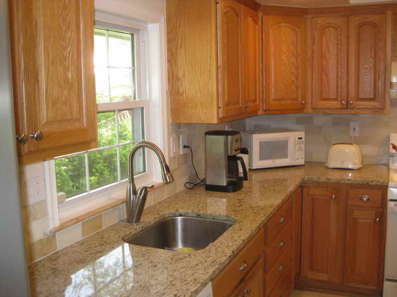 Best ideas about Oak Cabinets Kitchen Ideas . Save or Pin Best Kitchen Colors with Oak Cabinets ALL ABOUT HOUSE DESIGN Now.
