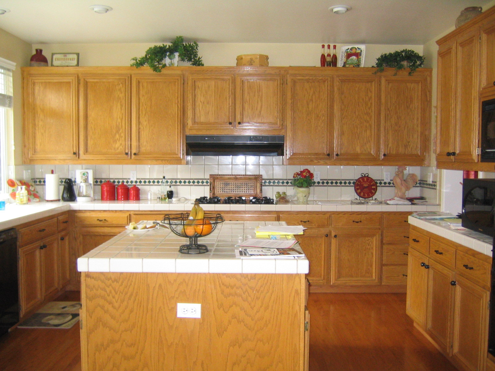 Best ideas about Oak Cabinets Kitchen Ideas . Save or Pin Gel Stain Kitchen Cabinets Colors Image Oak Clipgoo Now.