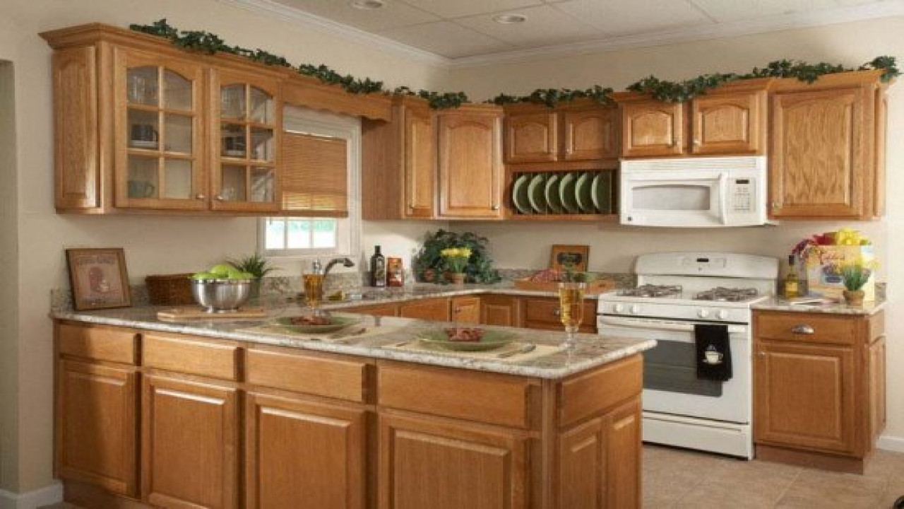 Best ideas about Oak Cabinets Kitchen Ideas . Save or Pin Ideas to decorate a kitchen kitchen design ideas with oak Now.