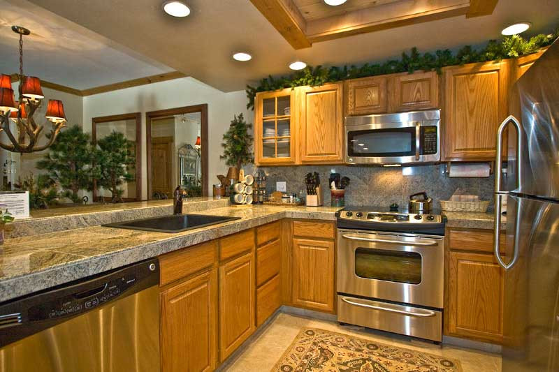 Best ideas about Oak Cabinets Kitchen Ideas . Save or Pin kitchen oak cabinets for kitchen renovation Now.