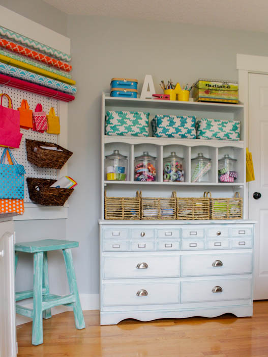 Organization Ideas For Craft Room  Creative Thrifty & Small Space Craft Room Organization