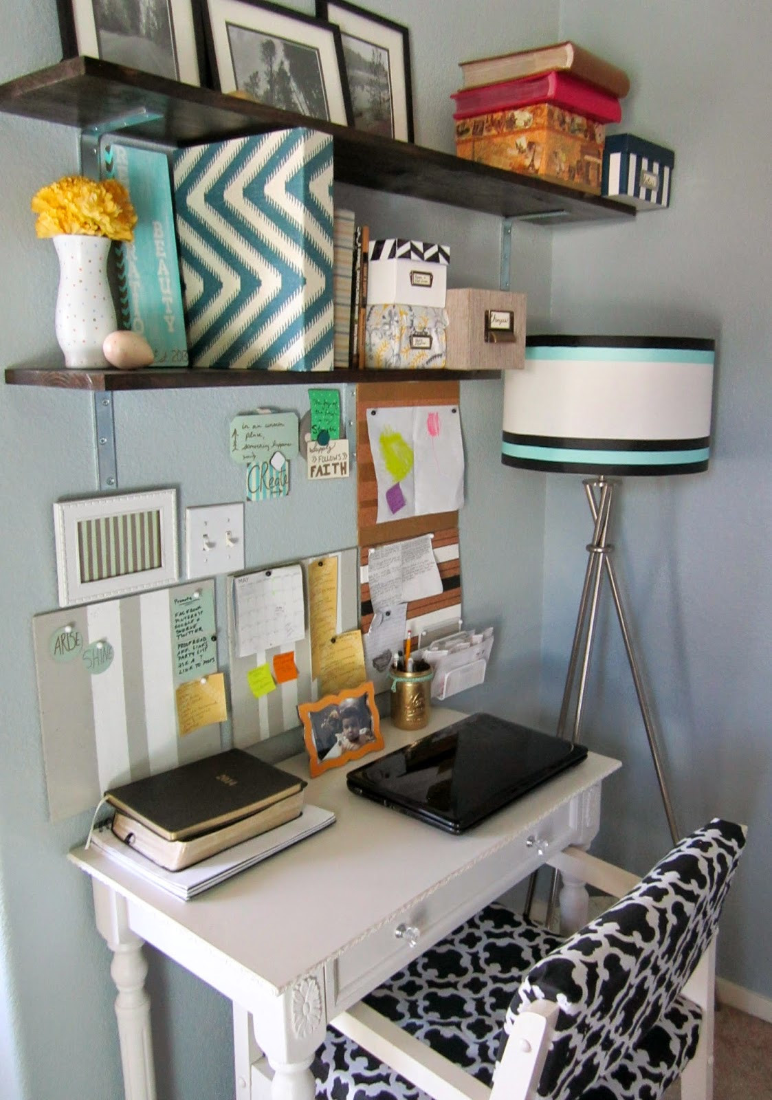 Best ideas about Organizing A Small Office Space . Save or Pin Restoration Beauty How To Organize A Small fice Work Now.