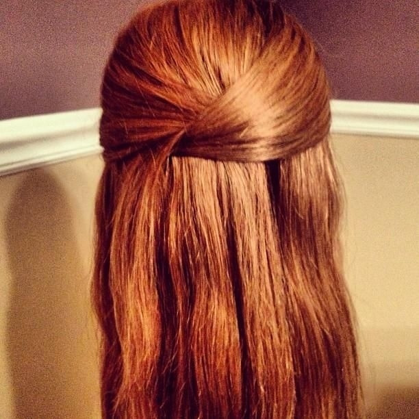 Pretty Easy Hairstyles  21 Easy Hairstyles You Can Wear To Work