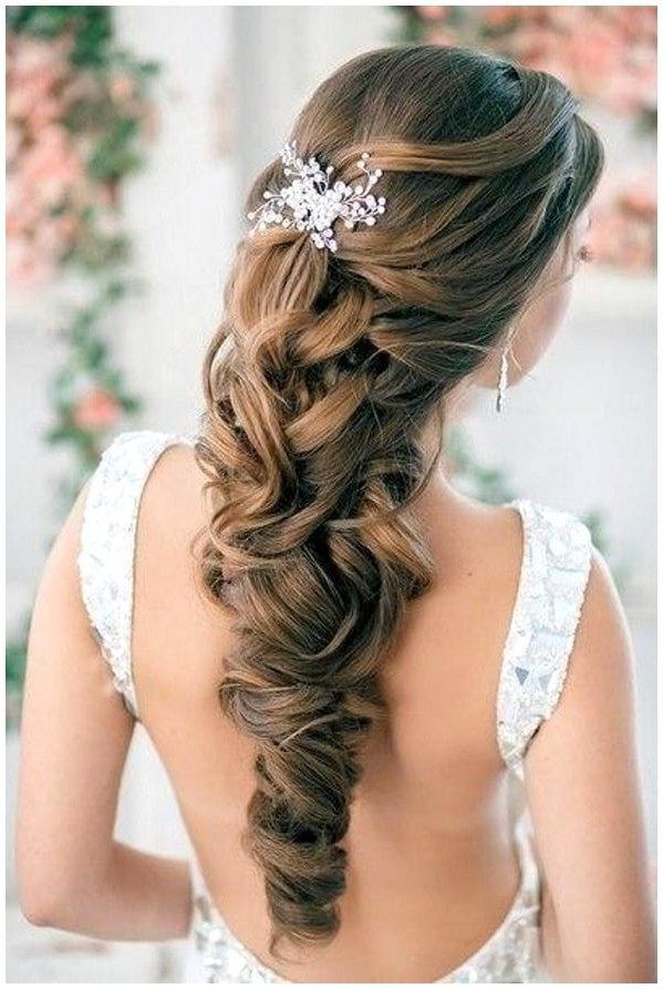 Pretty Prom Hairstyles  30 Elegant Prom Hairstyles Style Arena