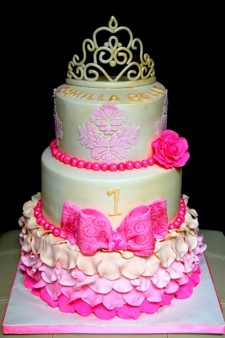Princess 1st Birthday Cake  Amazing 1st birthday princess cake