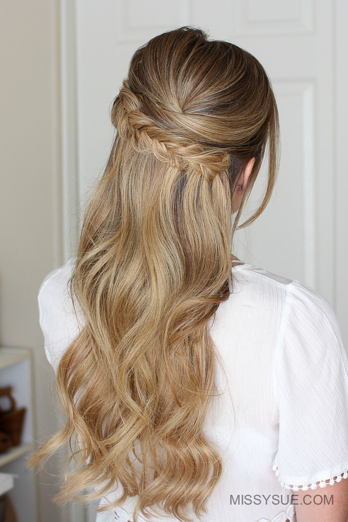 Prom Hairstyle Half Up  Easy Half Up Prom Hair