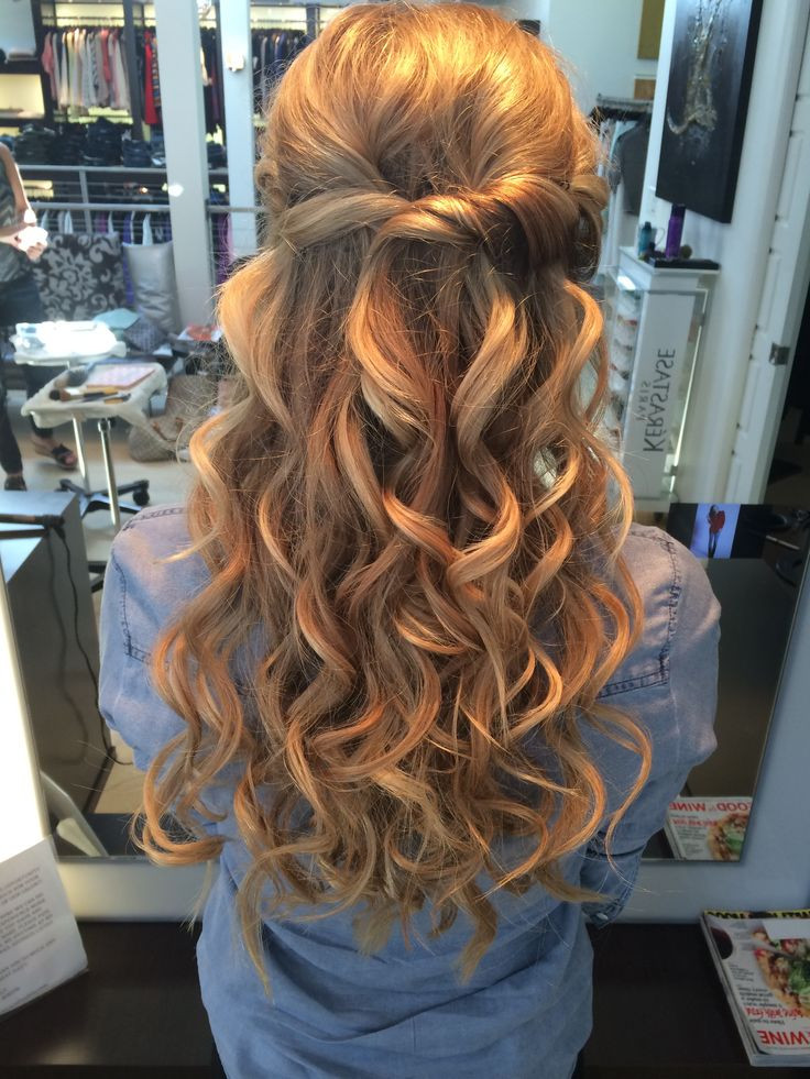 Prom Hairstyle Half Up  Prom half up half down hair