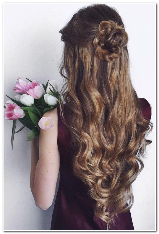 Prom Hairstyle Half Up  Prom hairstyles half up half down curly