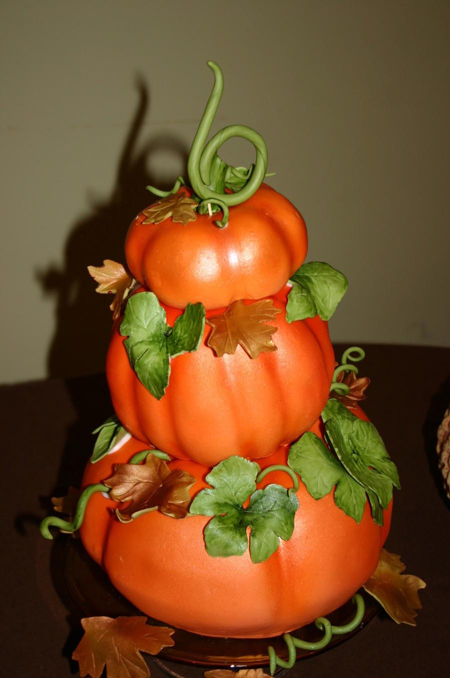 Pumpkin Birthday Cake  Pumpkin Cake CakeCentral