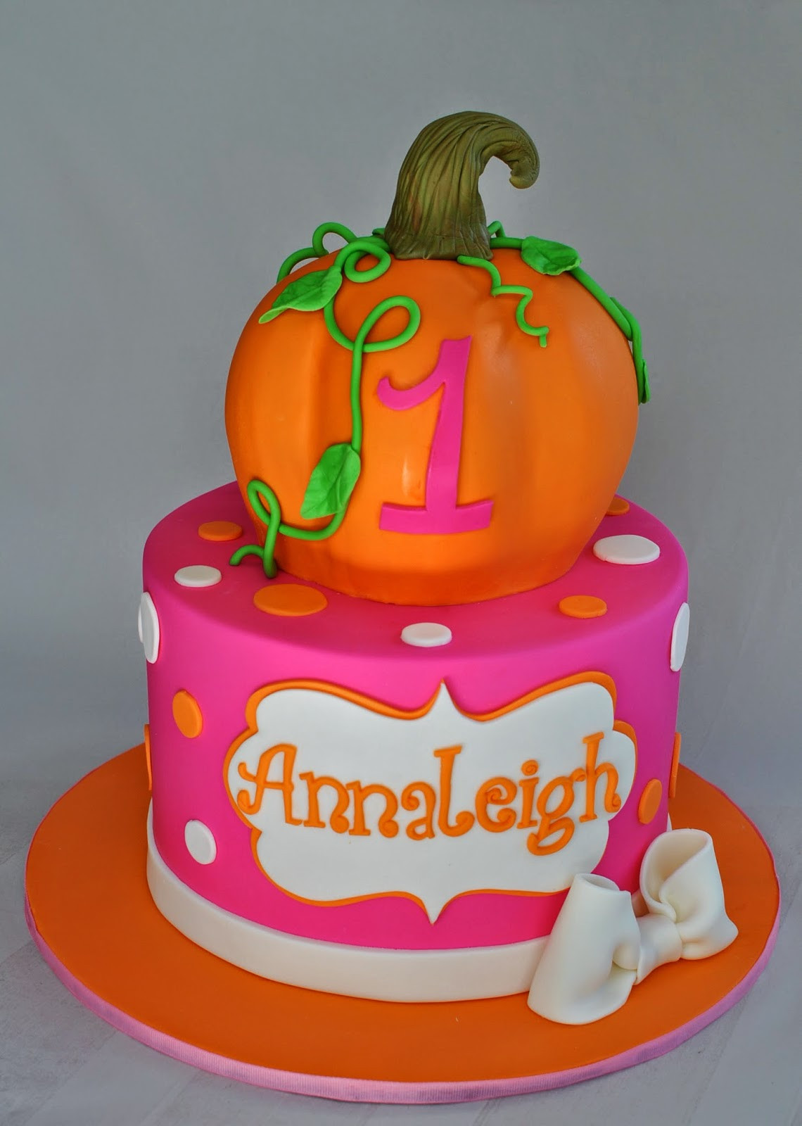 Pumpkin Birthday Cake  Hope s Sweet Cakes Fall Cakes