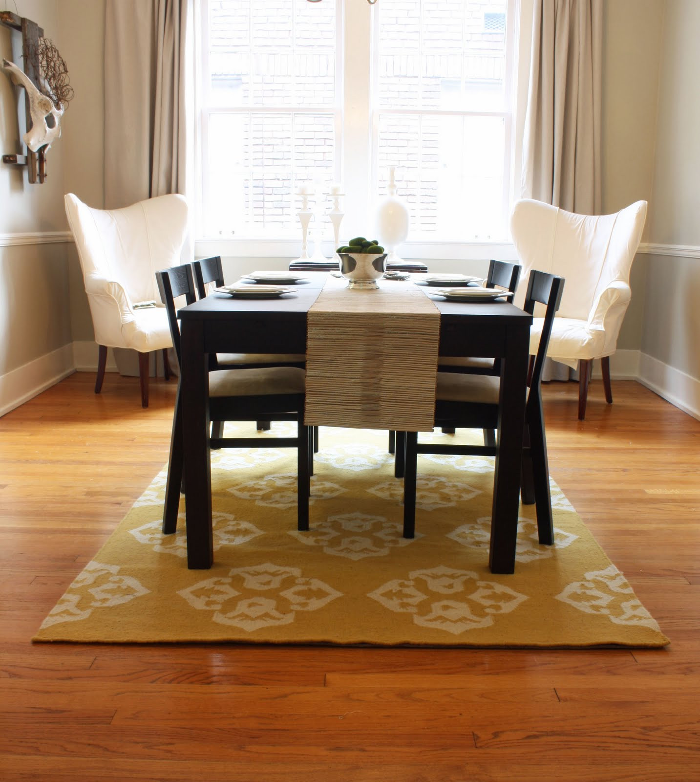 Best ideas about Rugs For Dining Room . Save or Pin Pretty Dining Room Rugs Interior Design and Decor Traba Now.