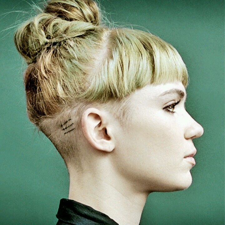 Shaved Undercut Hairstyle  Shaved side undercut on Grimes