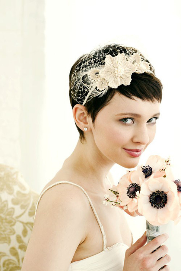 Short Bridesmaid Hairstyles  30 Short Wedding Hairstyles Which Look Hot SloDive