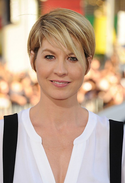 Short Haircuts With Side Bangs  Very Short Haircuts with Bangs for Women